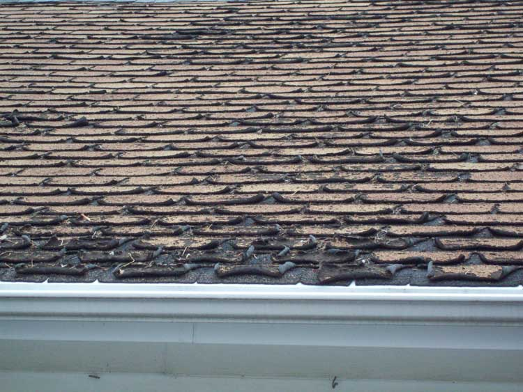 Deteriorating asphalt shingles can cause leaks in the home